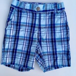 Boys size 3T casual dress shorts